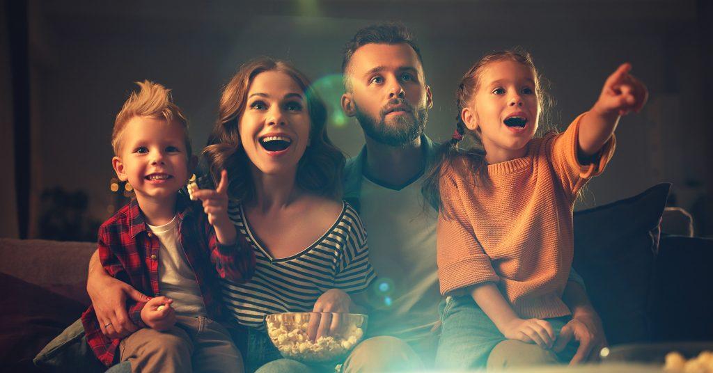 Как хорошо провести время с семьей? Какой фильм посмотреть?